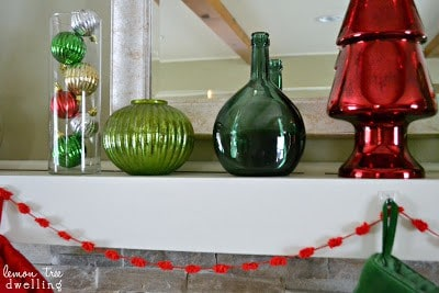 Christmas Joy Mantel makes my Christmas a little brighter. A little piece of happiness to put me in the Christmas spirit.
