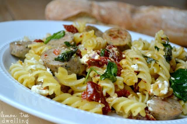 close up image of sundried tomato pasta