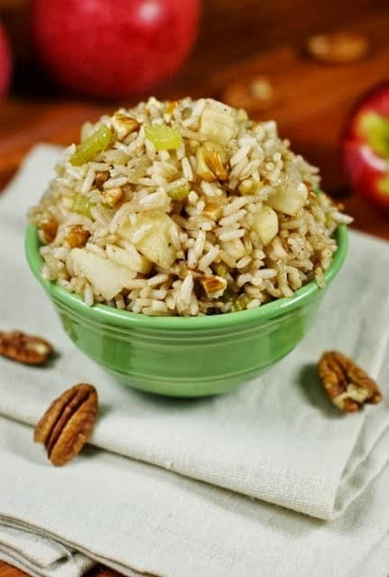 http://www.thekitchenismyplayground.com/2013/10/apple-fried-rice.html
