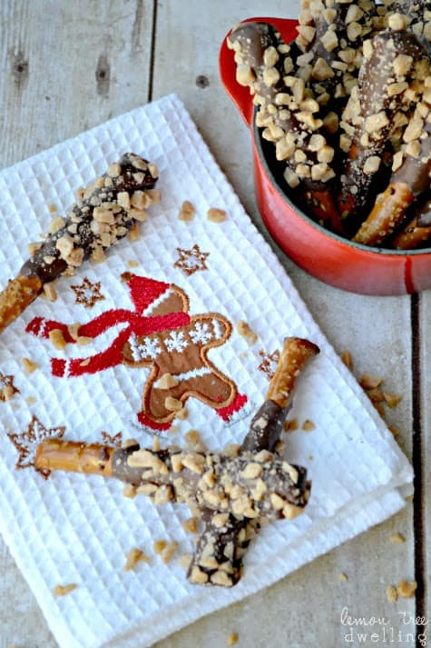 Chocolate Toffee Pretzels are a quick and completely addicting treat!