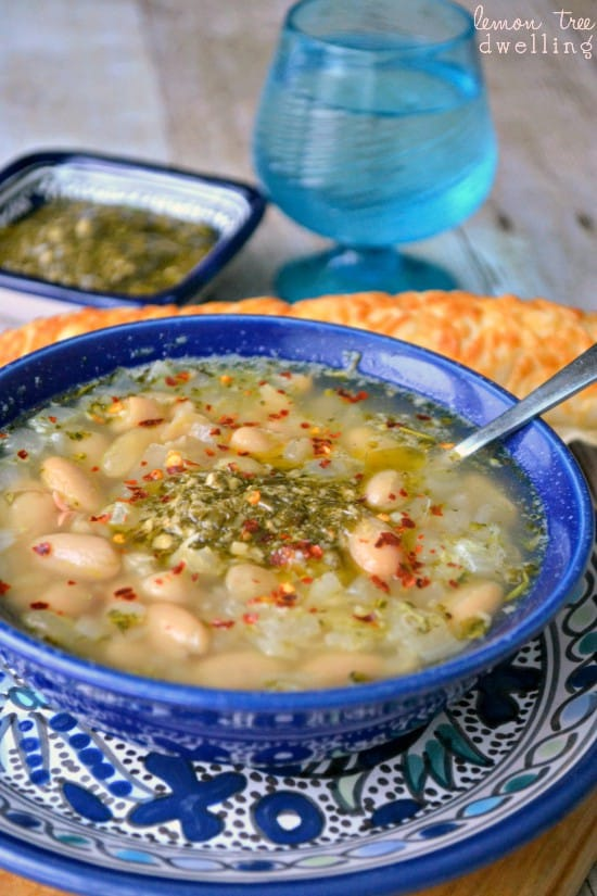 This White Bean Pesto Soup is made with just 7 simple ingredients and ready in less than 20 minutes! A quick, easy, and delicious dinner recipe!