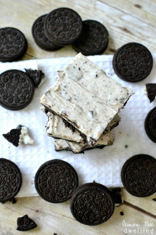 No-Bake Cookies & Cream Meltaways - they literally melt in your mouth!