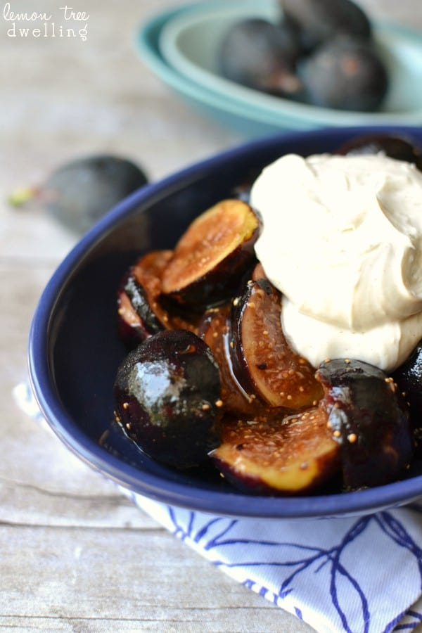 Caramelized Figs with Brown Sugar Cinnamon Whipped Cream Cheese