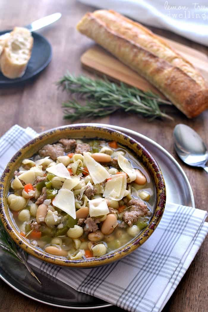 Pasta e Fagioli - one of my FAVORITE soups ever!