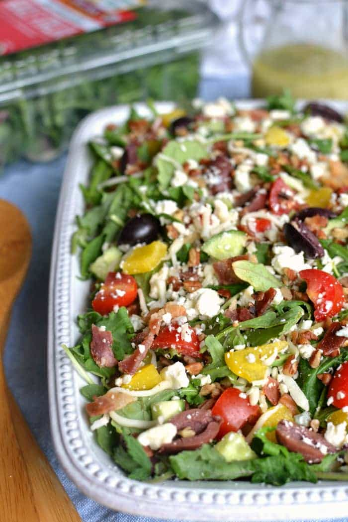 3-Cheese Loaded Italian Salad made with Earthbound Farms Kale Italia #organicbound #sponsored @earthboundfarm