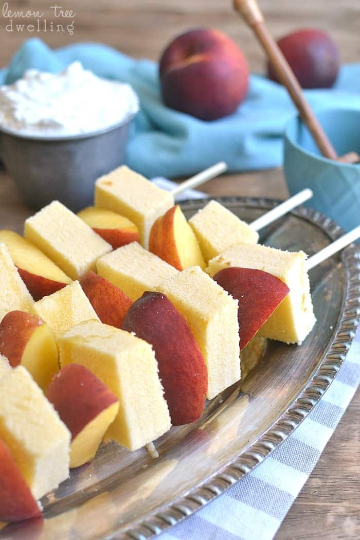 Peaches & Cream Kabobs - I love how simple and fun these are! Perfect for summer!