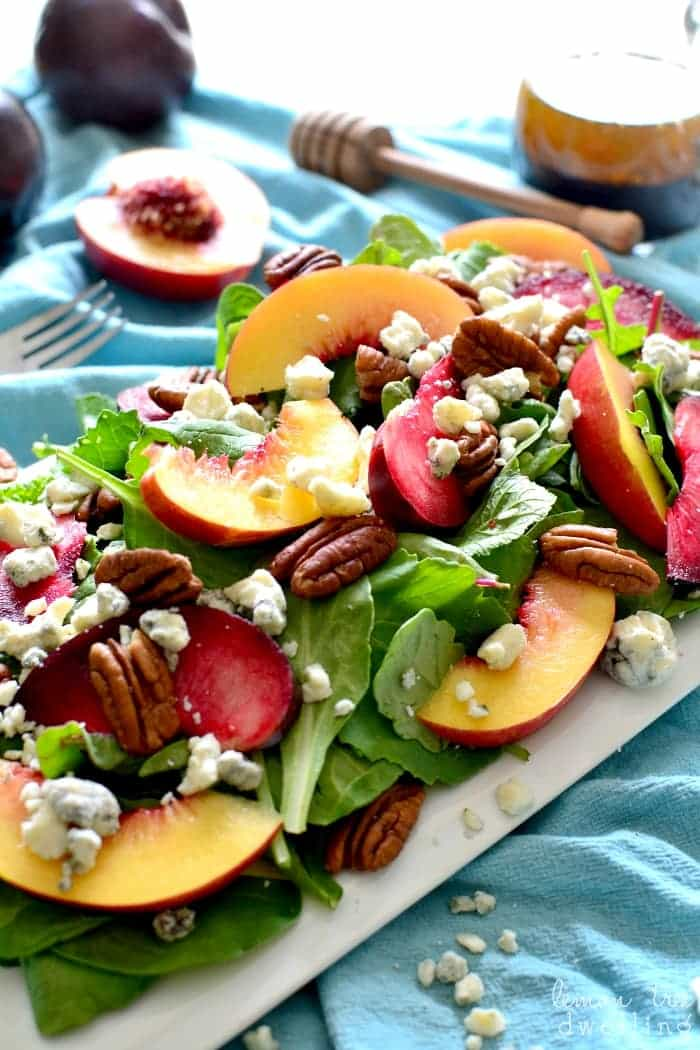 https://lemontreedwelling.com/2015/09/stone-fruit-salad-with-pecans-blue-cheese.html
