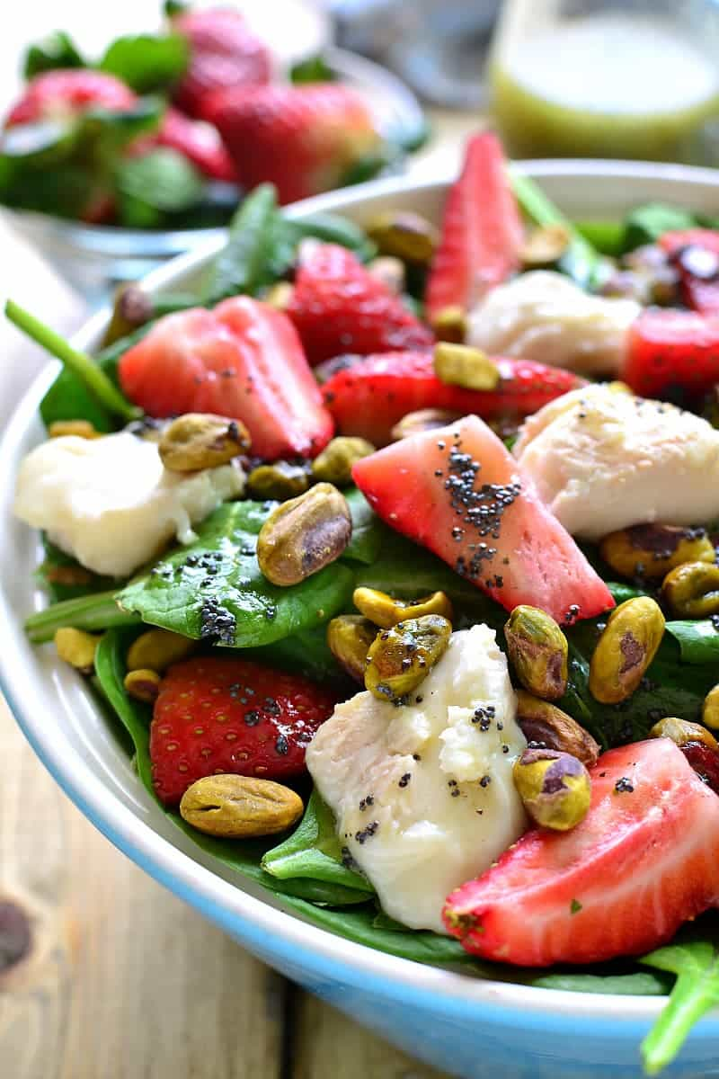 https://lemontreedwelling.com/2016/03/strawberry-spinach-salad-with-goat-cheese-pistachios.html