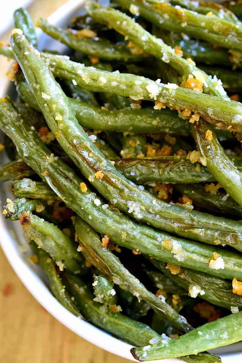 Roasted Green Beans in bowl
